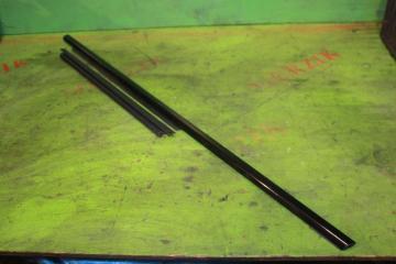 Уплотнитель стекла задний правый MERCEDES E-CLASS 2004