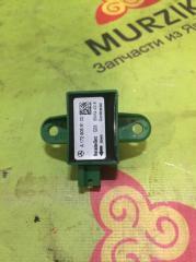 Запчасть датчик удара передний MERCEDES C-CLASS 2013