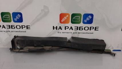 Запчасть пыльник крыла передний левый INFINITI QX56 2012