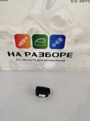 Запчасть кнопка открывания багажника Porsche Cayenne 2014