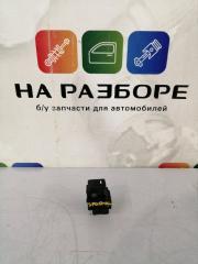 Запчасть блок управления стеклами (кнопка ) задний правый KIA Sportage 2013