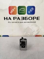 Запчасть блок управления стеклами (кнопка ) задний левый Volkswagen Touareg 2004