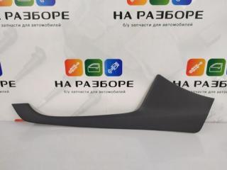 Запчасть накладка на консоль между сиденьями правая kia CEED