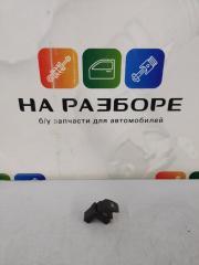 Запчасть блок управления стеклами (кнопка ) задний левый Volkswagen Touareg 2013