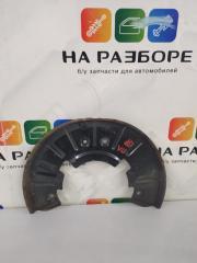 Запчасть пыльник тормозного диска передний левый Volkswagen Touareg 2003