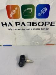 Датчик давления шин Toyota Camry XV70 2GR-FKS БУ