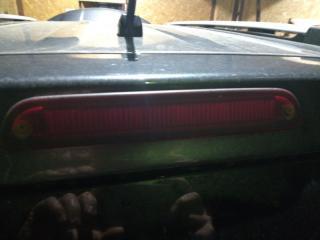 Запчасть стоп-сигнал задний Ford Escape 2008