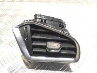 Запчасть решетка вентиляционная передняя правая Citroen DS4 2012