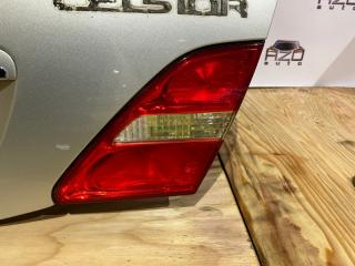 Фонарь правый Lexus LS430 2003