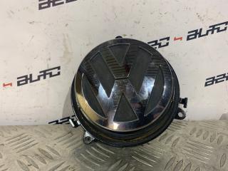 Кнопка открывания багажника Volkswagen Passat B6 1.8 (б/у)