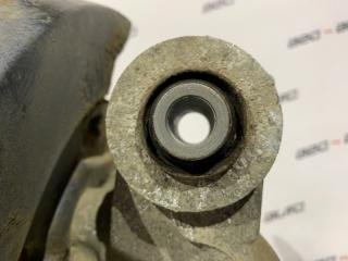 Кулак задний правый Captiva 2012 C140 2.4