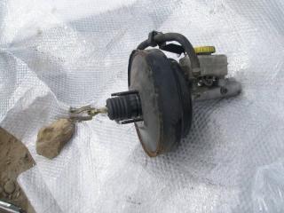 Главный тормозной цилиндр Nissan Laurel