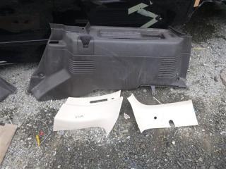 Запчасть обшивка багажника правая Ford Lincoln Navigator 2004