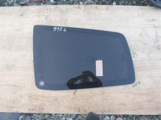 Стекло собачника левое Mitsubishi Pajero 2000