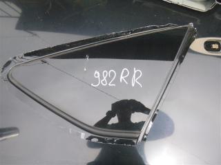 Стекло собачника правое Toyota PRIUS ALPHA 2011