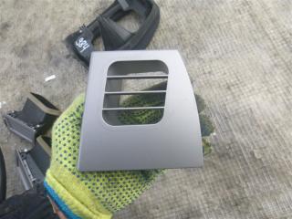Запчасть решетка вентиляционная правая BMW 740i 2006