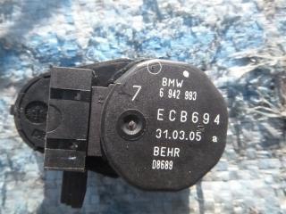 Запчасть сервопривод заслонок печки BMW 525I 2005