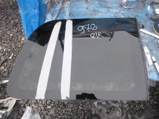 Стекло собачника заднее правое Mitsubishi Delica 2001