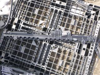 Шторка под  стекло Lexus LS600HL 2008