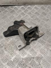 Опора двигателя правая RENAULT LOGAN 2005 БУ