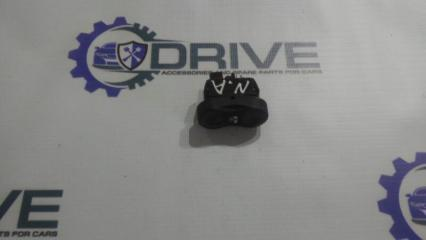 Запчасть кнопка стеклоподъемника Nissan Almera 2012 - н.в.