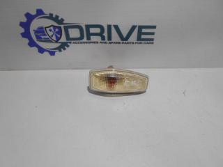 Запчасть поворотник в крыле Kia Carens 2002 - 2006