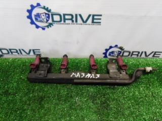 Запчасть рампа с форсунками Mazda 3 2003 - 2009