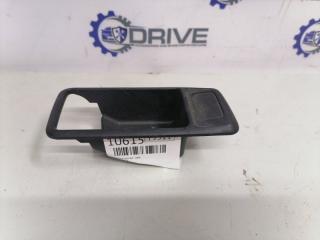 Запчасть накладка ручка левая Ford Focus 2