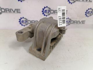 Опора двигателя правая Volkswagen Golf 5 6 1.6