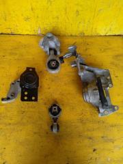 Подушка двигателя Nissan X-Trail DNT31 M9R (б/у)