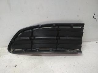 Заглушка бампера передняя правая Toyota Rav4 2013-2015