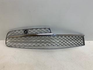 Запчасть решетка бампера передняя правая Bentley Flying Spur 2013-2019