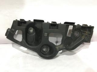 Запчасть кронштейн бампера задний правый Renault Sandero 2014-