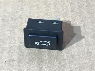 Кнопка открывания багажника BMW 1-Series 2009