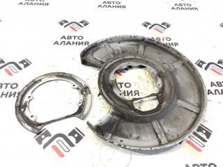 Кожух тормозного диска задний левый BMW 5-Series 2004