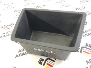 Ящик для инструментов задний правый BMW X1 2013