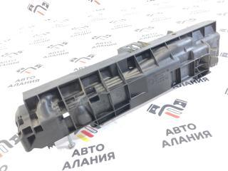 Кронштейн радиатора BMW X1 2013