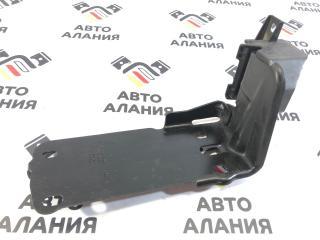 Запчасть крепежная пластина передняя правая BMW X1 2013