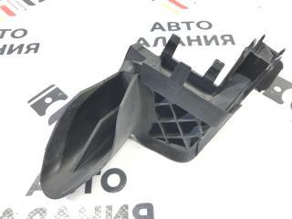 Запчасть уплотнитель капота передний правый BMW X1 2011