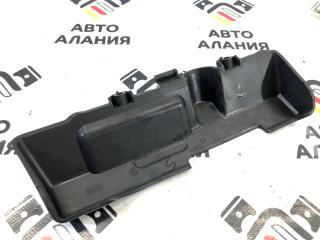 Обшивка двери багажника задняя BMW X1 2011