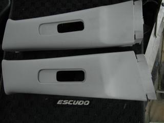 Запчасть накладка на стойку кузова Suzuki Escudo/Grand Vitara 2008