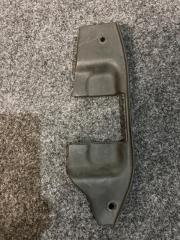 Запчасть накладка на крыло Toyota Hiace 1995