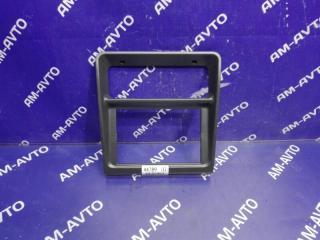 Запчасть консоль магнитофона MITSUBISHI PAJERO 1995
