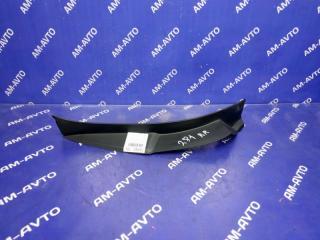 Запчасть накладка на стоп сигнал правая TOYOTA HARRIER 2007