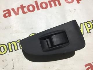 Запчасть кнопка стеклоподъемника задняя правая Toyota Avensis 2008