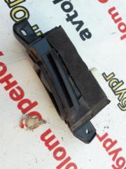 Кнопка стеклоподъемника задняя левая LEGACY BP EE20Z