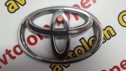Эмблема задняя Toyota Avensis 2008