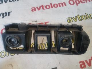 Запчасть направляющая заднего бампера задняя правая Skoda Rapid 2012-