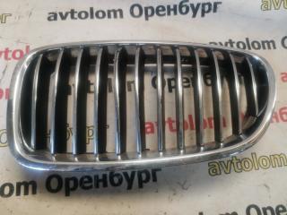 Запчасть решетка радиатора передняя левая BMW 5-Series 2010-2013