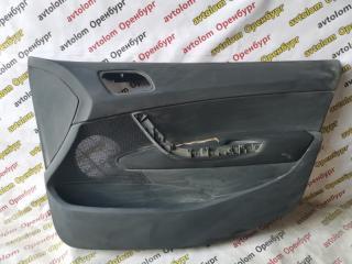 Запчасть обшивка двери передняя правая Peugeot 308